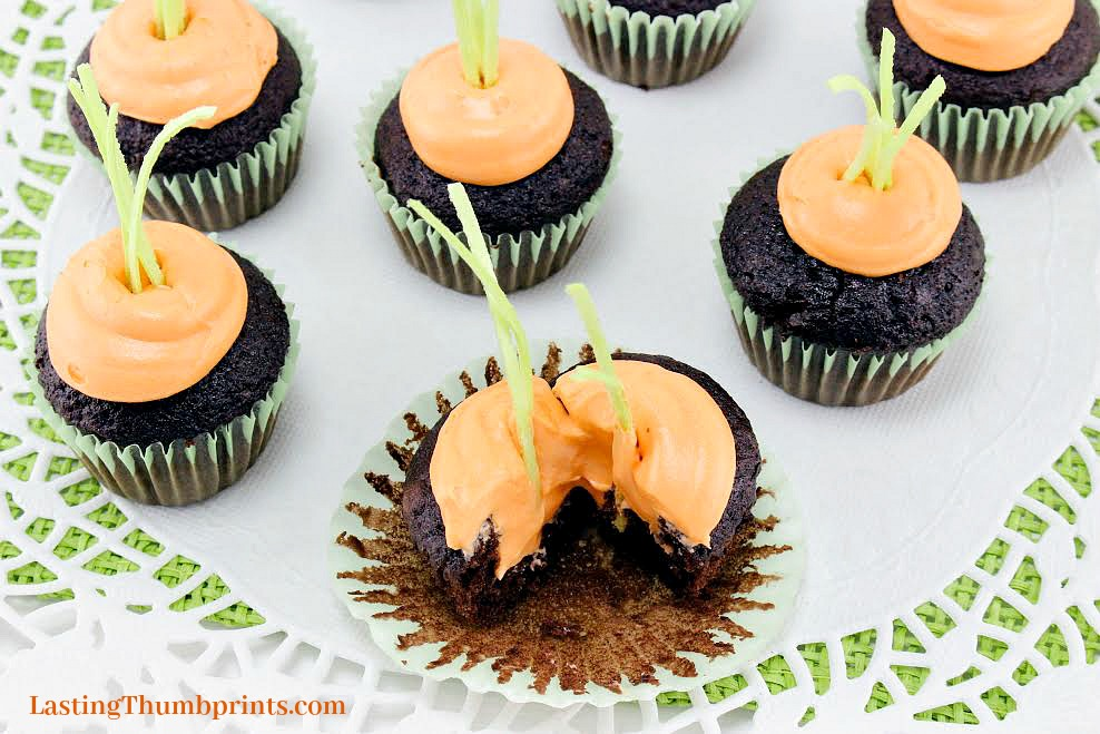These easy to make carrot mini-cupcakes will be the delight of any party or celebration!