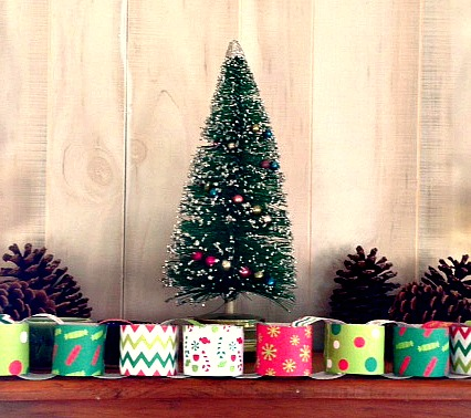 Christmas jokes paper chain